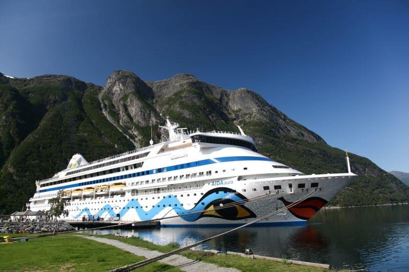 AIDAaura in Eidfjord