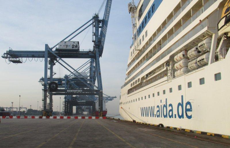 AIDAbella im North Port