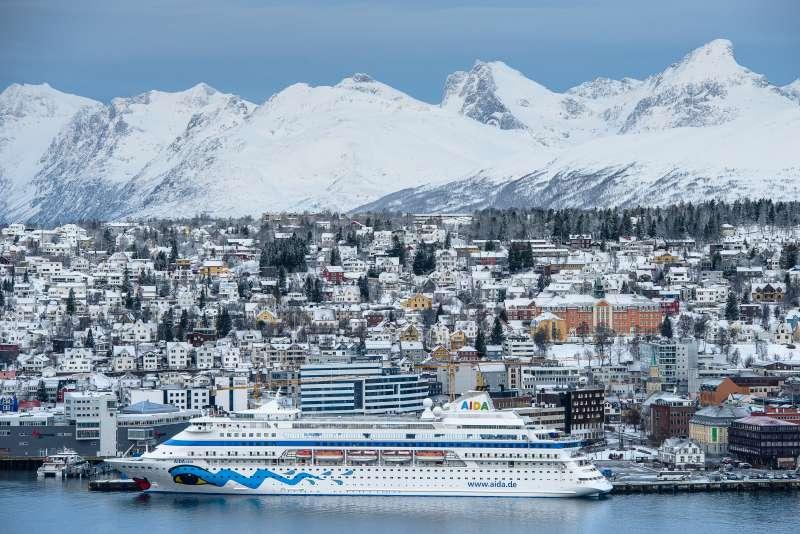 AIDAcara am Kai 8 von Tromsø