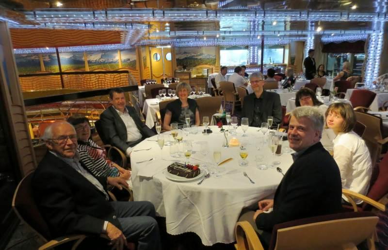 Abendessen mit Tischreservierung bei Costa Kreuzfahrten
