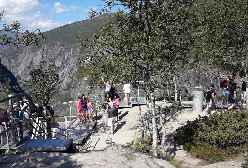 Wege und Aussichtspunke am Vøringsfossen