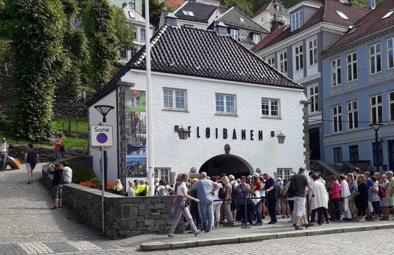 Landausflüge in Bergen mit der Fløibanen