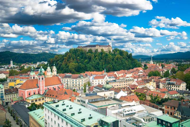 Ljubljana kann von Koper aus erreicht werden