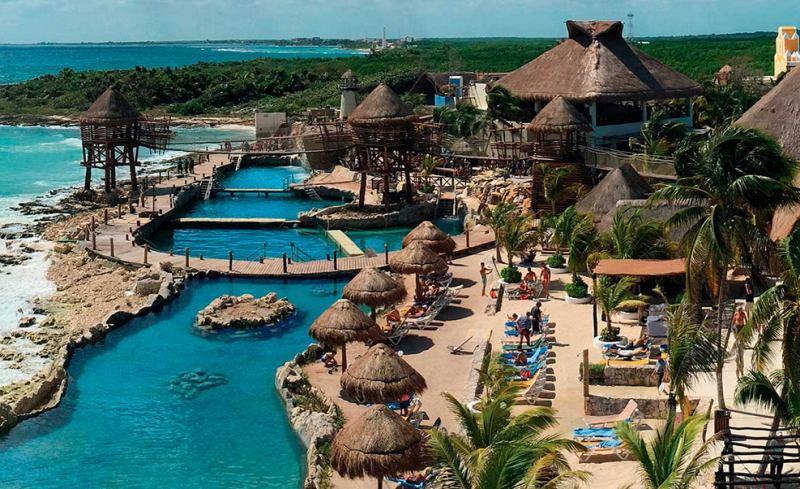 Blick auf das Cruise Center