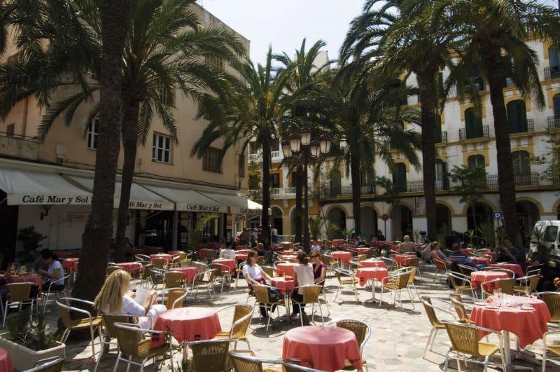 Ibiza auf eigene Faust erkunden