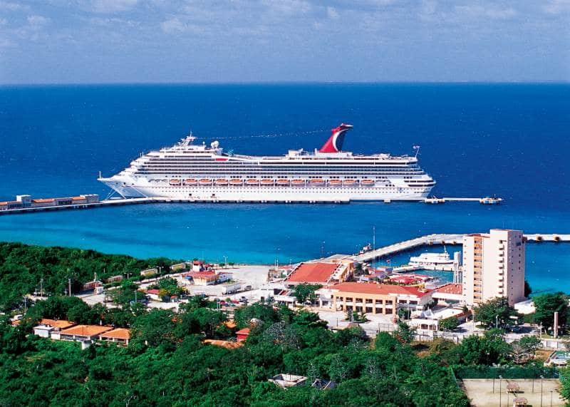 Das Puerta Maya Cruise Center und der TMM/SSA International Pier liegen nebeneinander