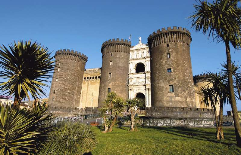 Das Castel Nuovo