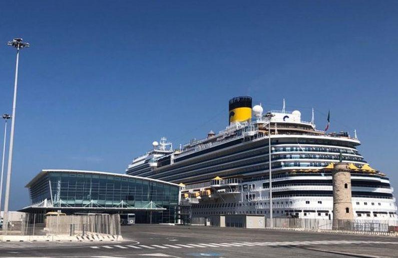 Costa Diadema am neuen  Amerigo Vespucci Terminal