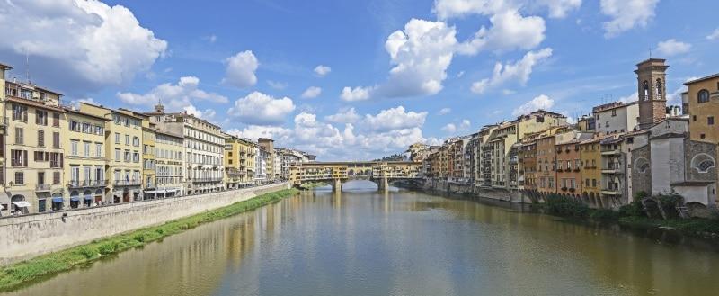 Der Arno und die Ponte Vecchio