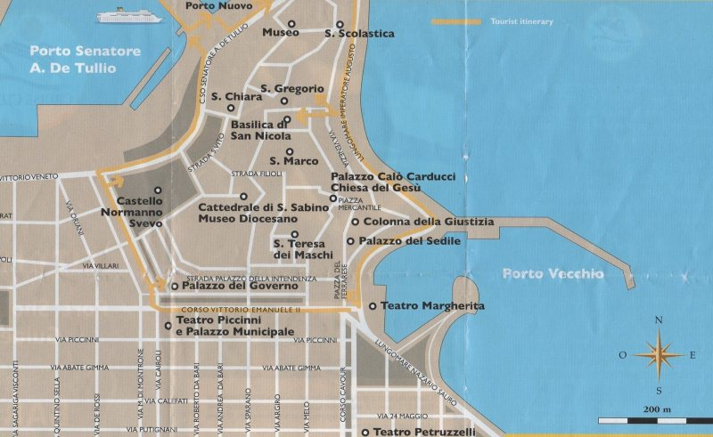 Die Altstadt von Bari auf eigene Faust erkunden