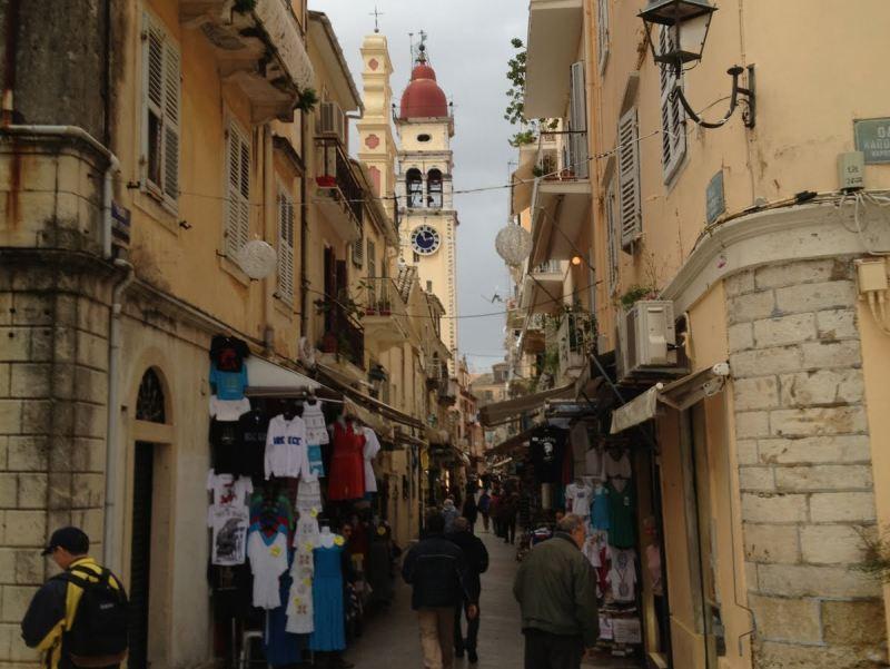Die Gassen der Altstadt von Korfu-Stadt