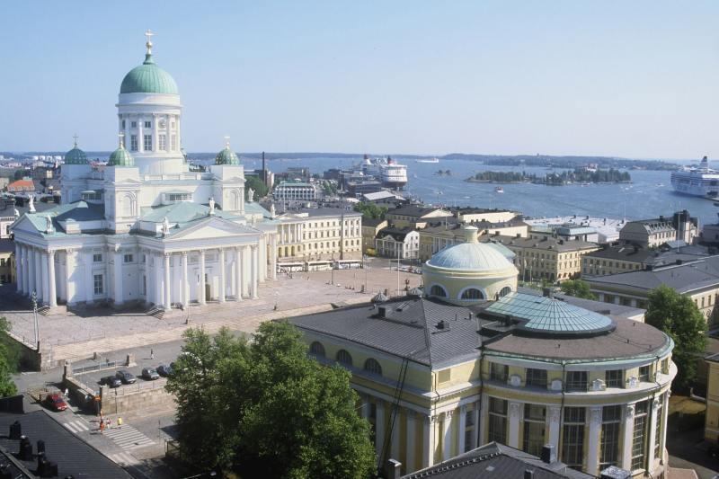 Dom und Senatsplatz in Helsinki