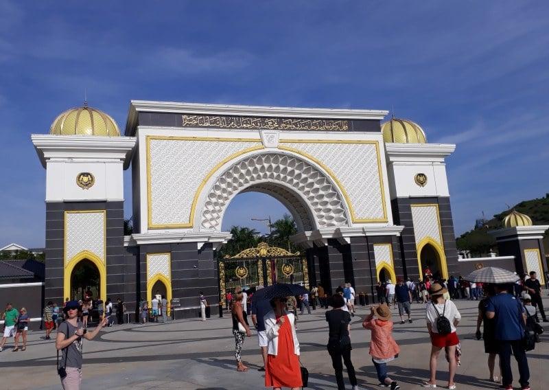 Palast Istana Negara Jalan Duta