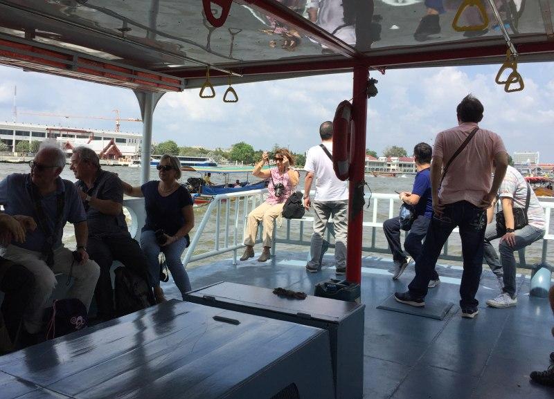 Landausflüge in Bangkok mit der Fähre