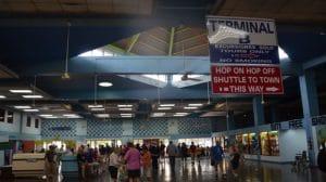 Im Cruise Terminal von MoBay