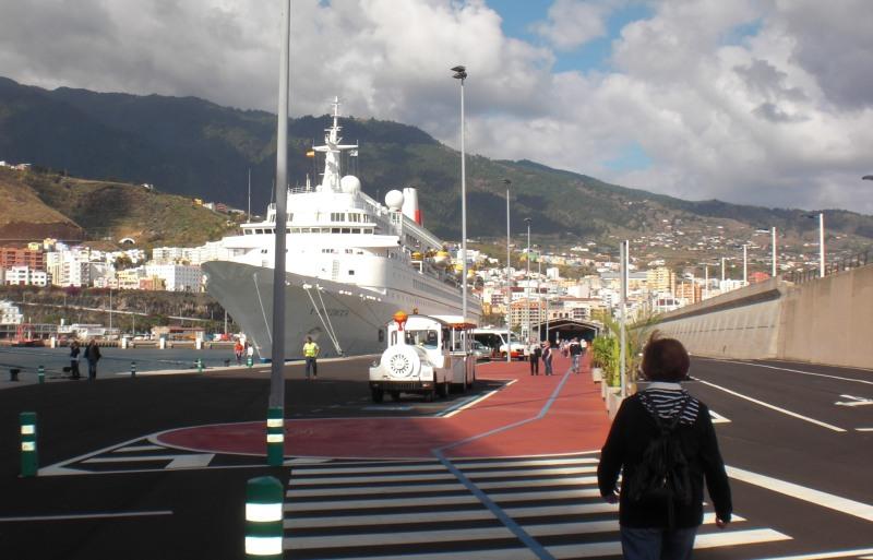 Der Kreuzfahrthafen von Santa Cruz de la Palma
