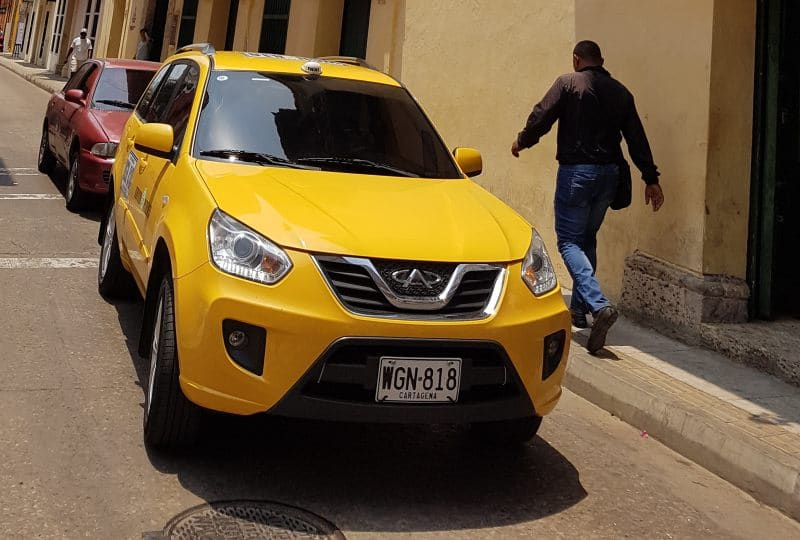 Cartagena de Indias auf eigene Faust mit einem lokalen Taxi