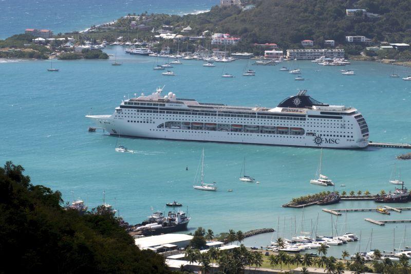 MSC Lirica auf Tortola