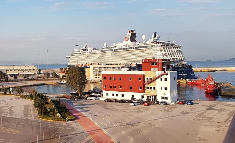 Mein Schiff 4 an Terminal B