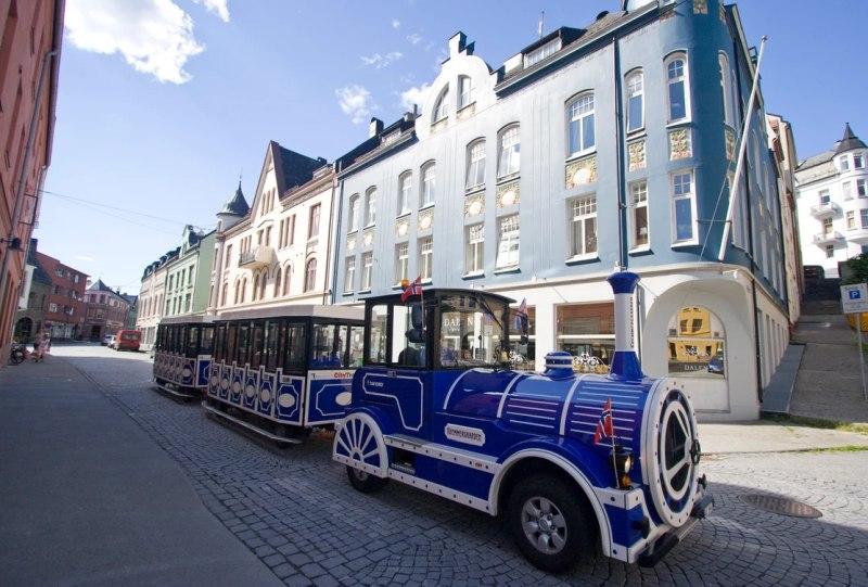Mit der Bimmelbahn durch die Stadt
