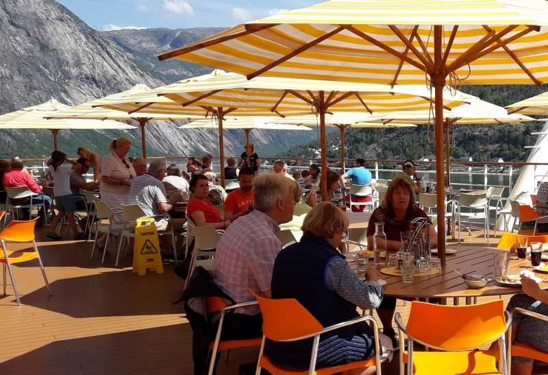 Mittagessen in Eidfjord