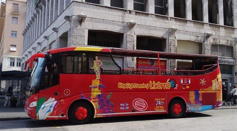 Die Stadtrundfahrten beginnen am Haltepunkt der Shuttlebusse
