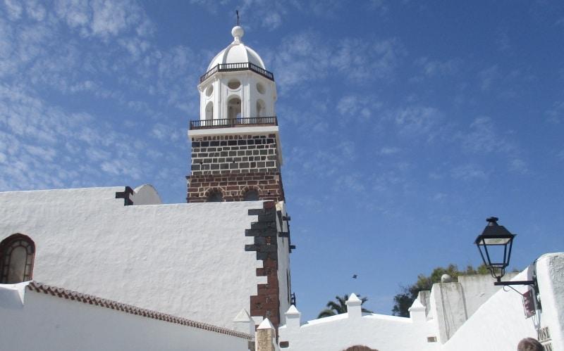 In Lanzarote auf eigene Faust nach Teguise