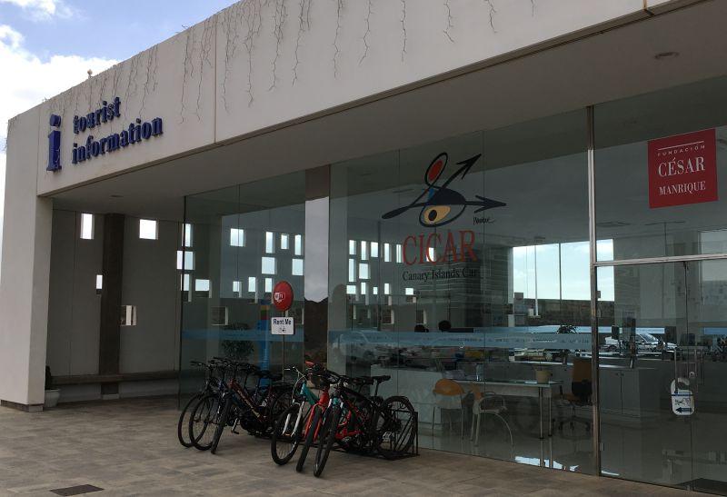 Büro von Cicar und der Touristeninformation in der Marina