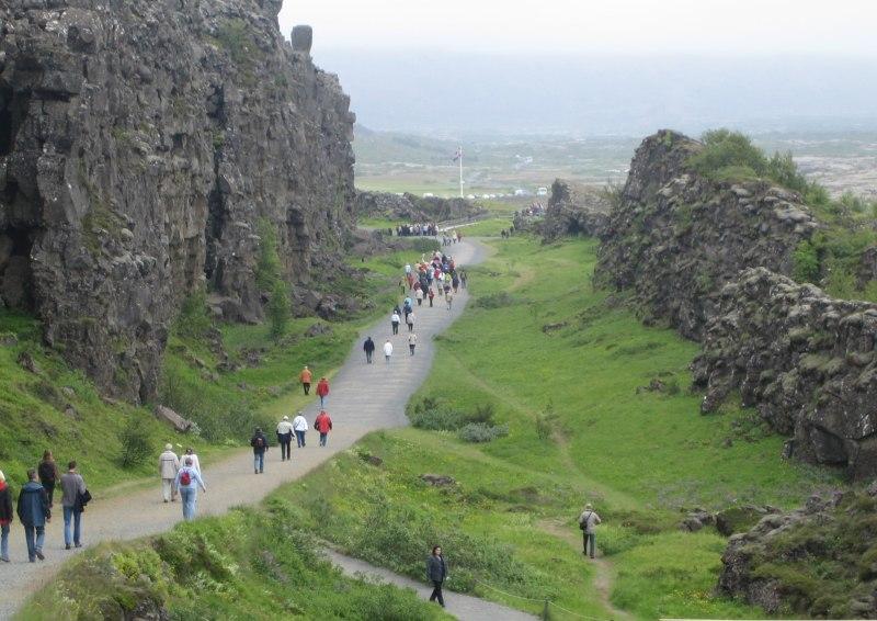 Wanderung im Þingvellir Nationalpark